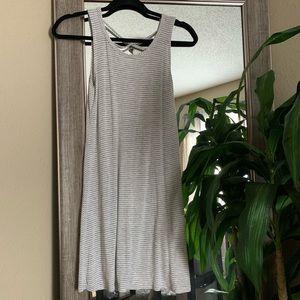 ✨ Olivia Rae | Grey Stripe Dress, Size Small